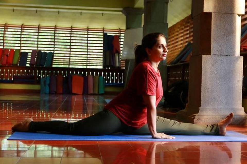 Yoga gurus and practitioners discuss the ups and downs of online teaching sessions
