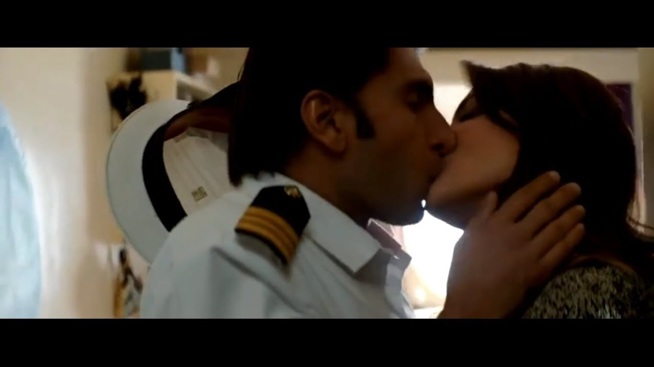 Kissing Videos Of Anushka Sharma