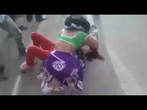 Real Indian Women Street Fighting | Funny Desi Video